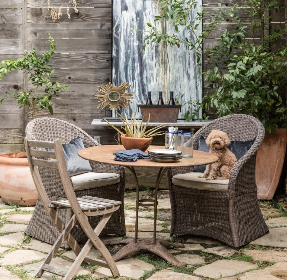 Nest-designed outdoor dining area in Houston, TX