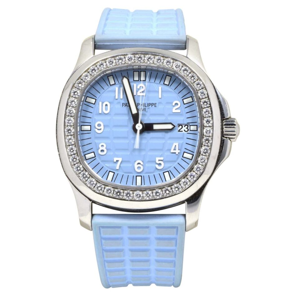 Patek Philippe Aquanaut watch in steel with diamond bezel