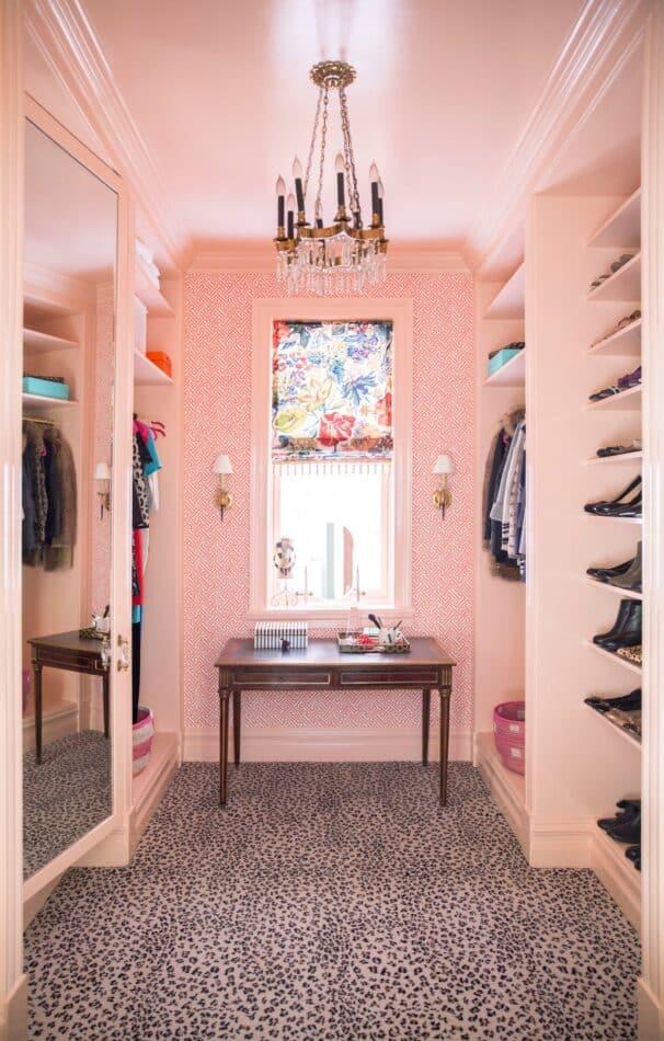 Chicago closet by Summer Thornton