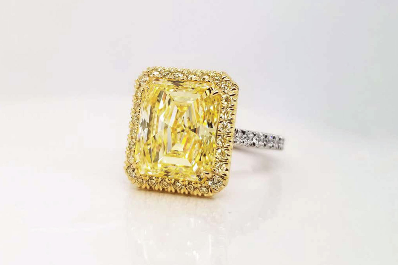 Scarselli 5 Carat Emerald Fancy Intense Yellow Diamond Engagement Ring GIA