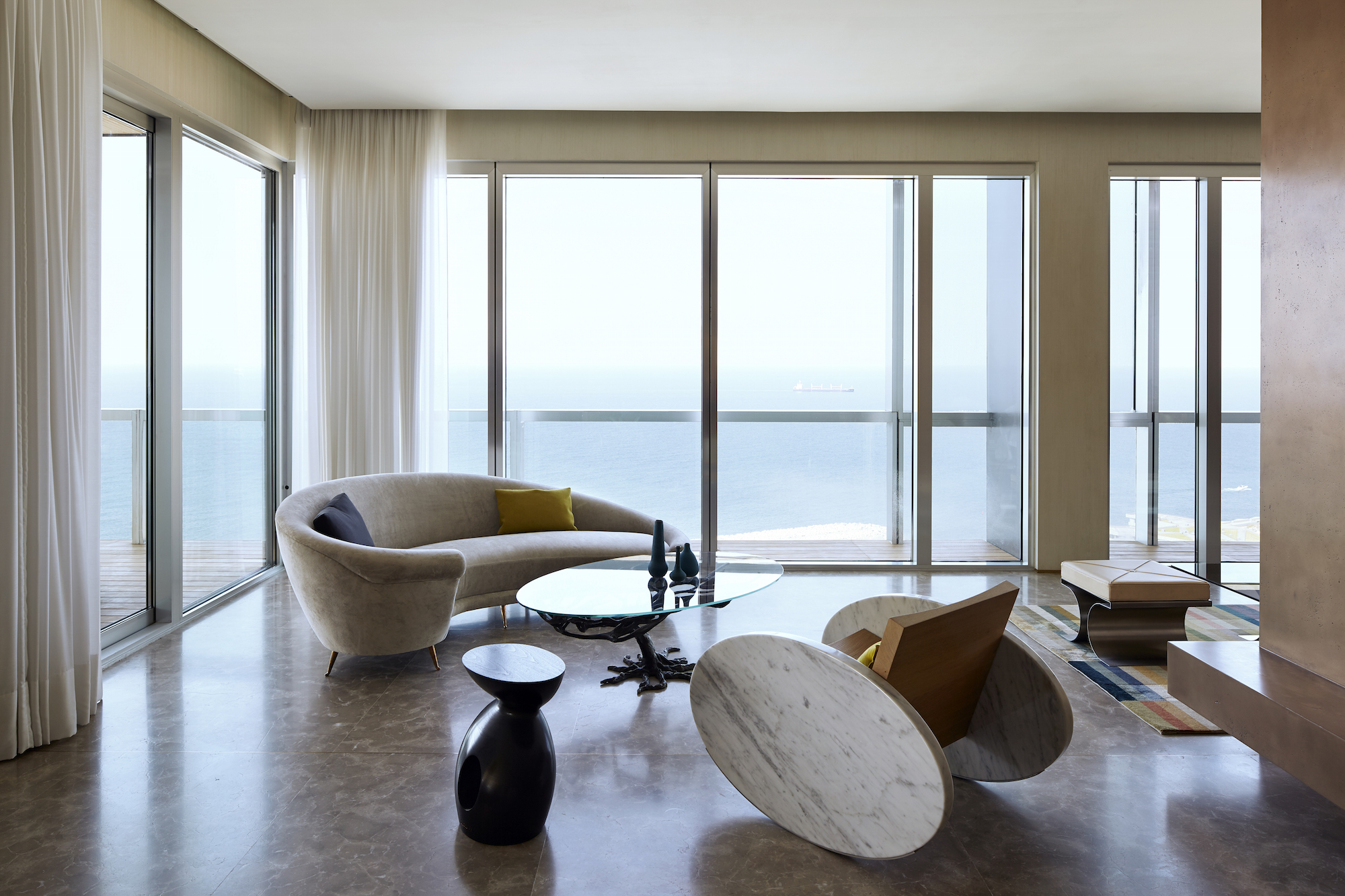 Beirut apartment by Gatserelia Design