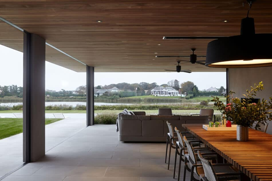 Outdoor dining room by Damon Liss in Southampton