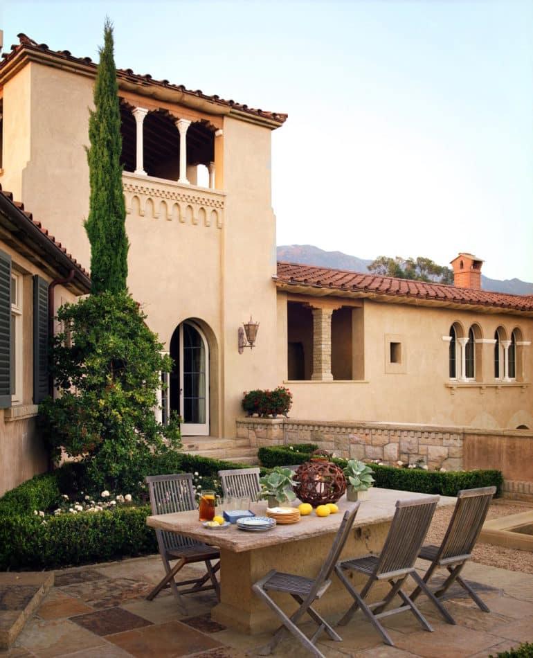 villa patio by Tucker & Marks