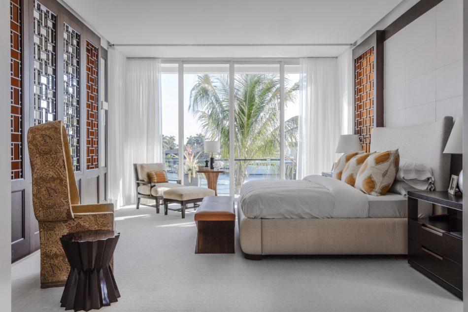 Fort Lauderdale bedroom by Tom Stringer