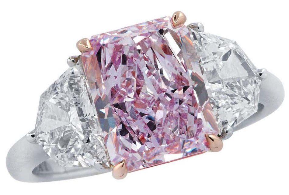 Vivid Diamonds 3.34-carat fancy pinkish purple diamond ring, 2019