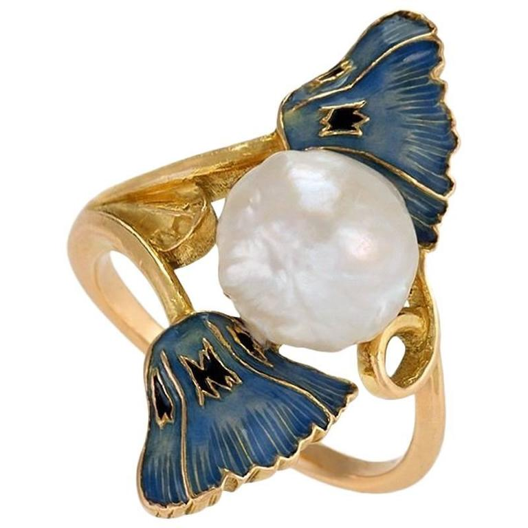 René Lalique ring with enamel poppies and a baroque pearl, ca. 1900