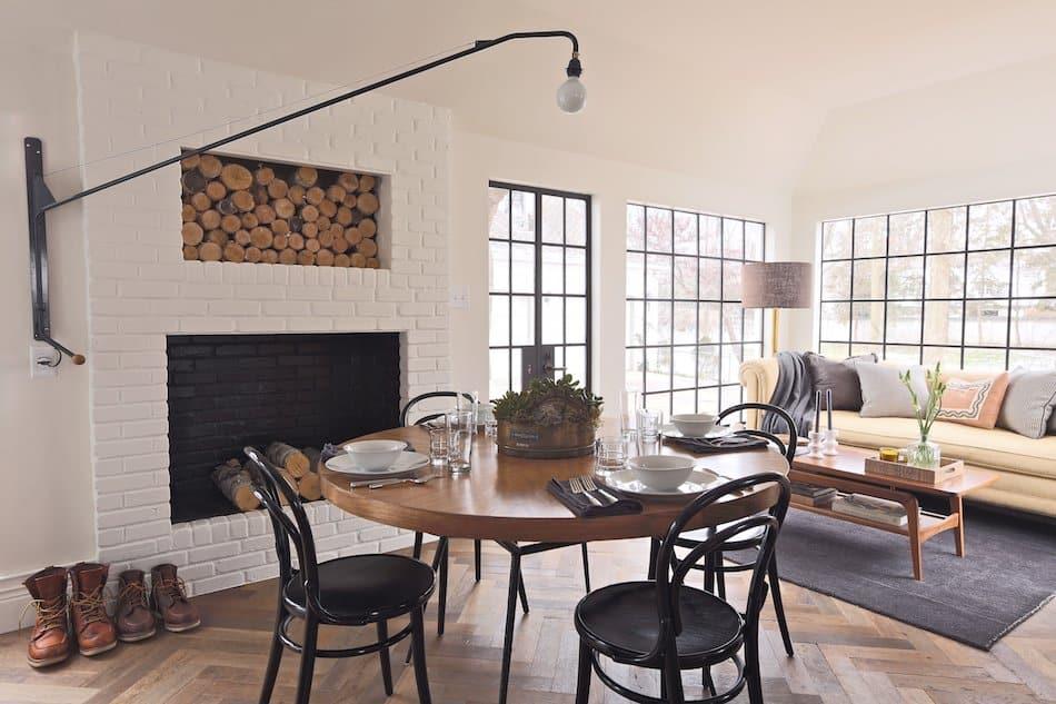 breakfast room by Summer Thornton