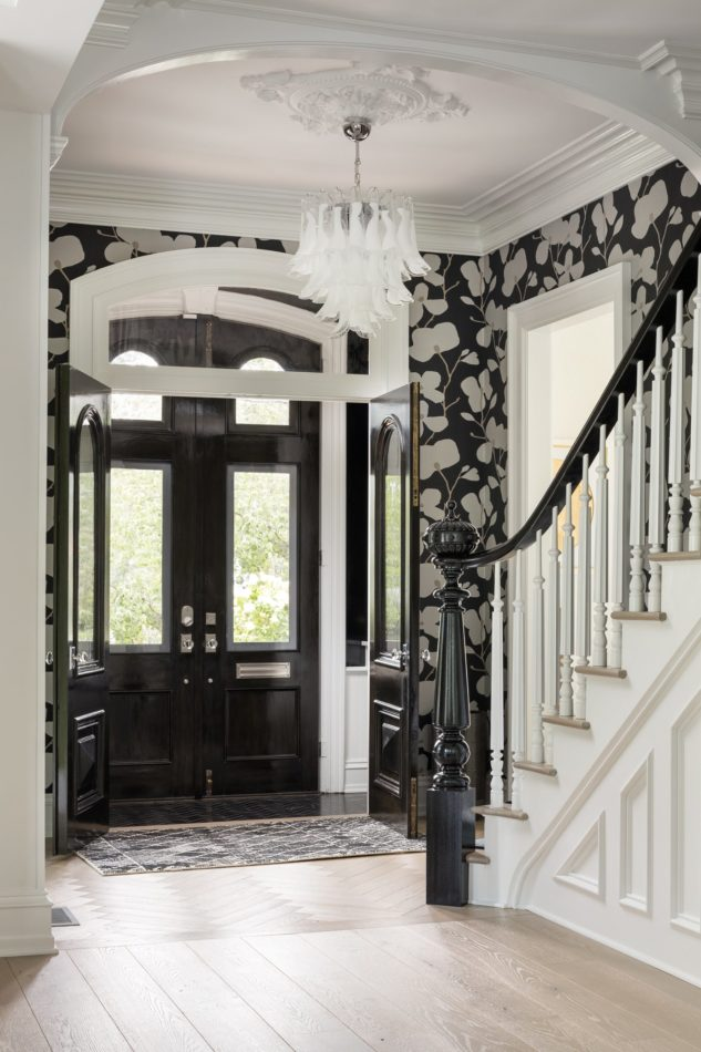 Rosen Kelly Conway-designed home in Summit, NJ