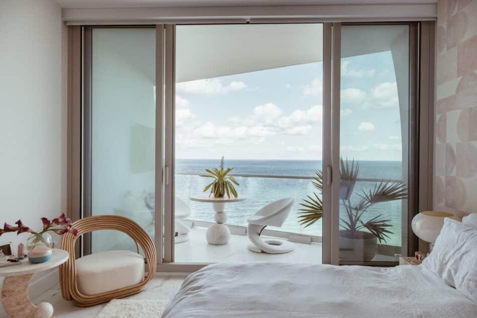 Miami home by Night Palm Studio