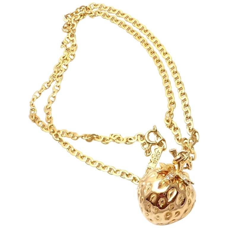 Van Cleef & Arpels Yellow Gold & Diamond Pendant