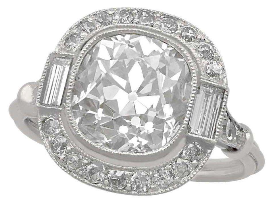 4.23-carat diamond halo and platinum engagement ring, 1900