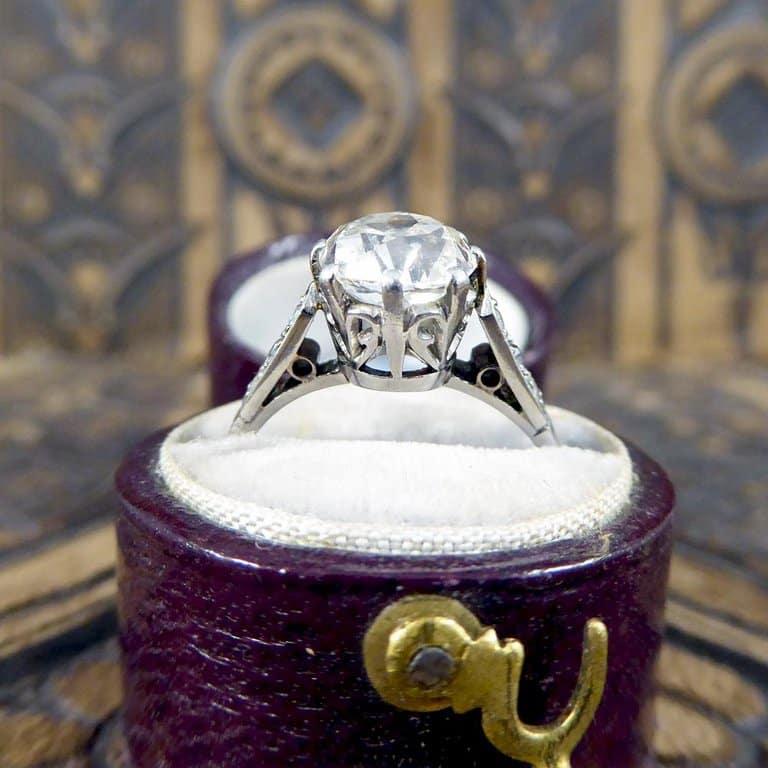 Millane's ring