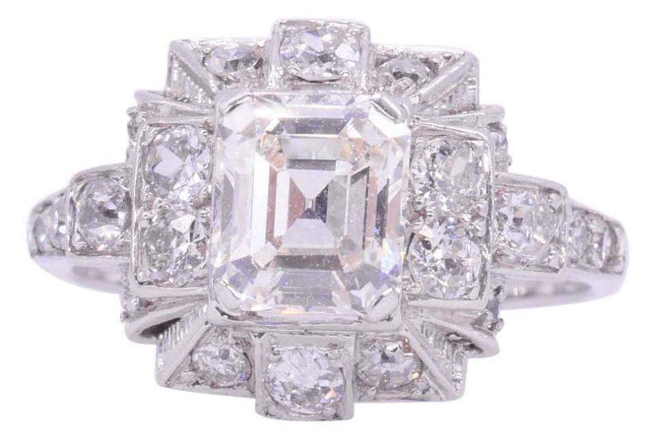 Art Deco 1.10 Carat Emerald Cut Diamond Engagement Ring, circa 1920s