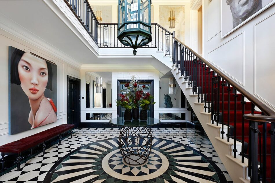 Oxfordshire foyer by Rebecca James