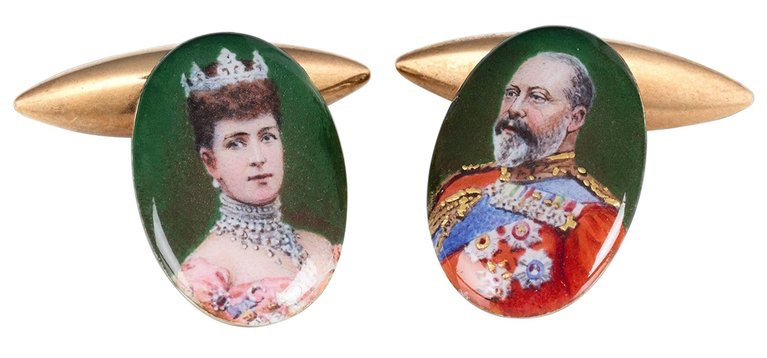 Gold and enamel cufflinks depicting Queen Alexandra and King Edward VII, ca. 1905