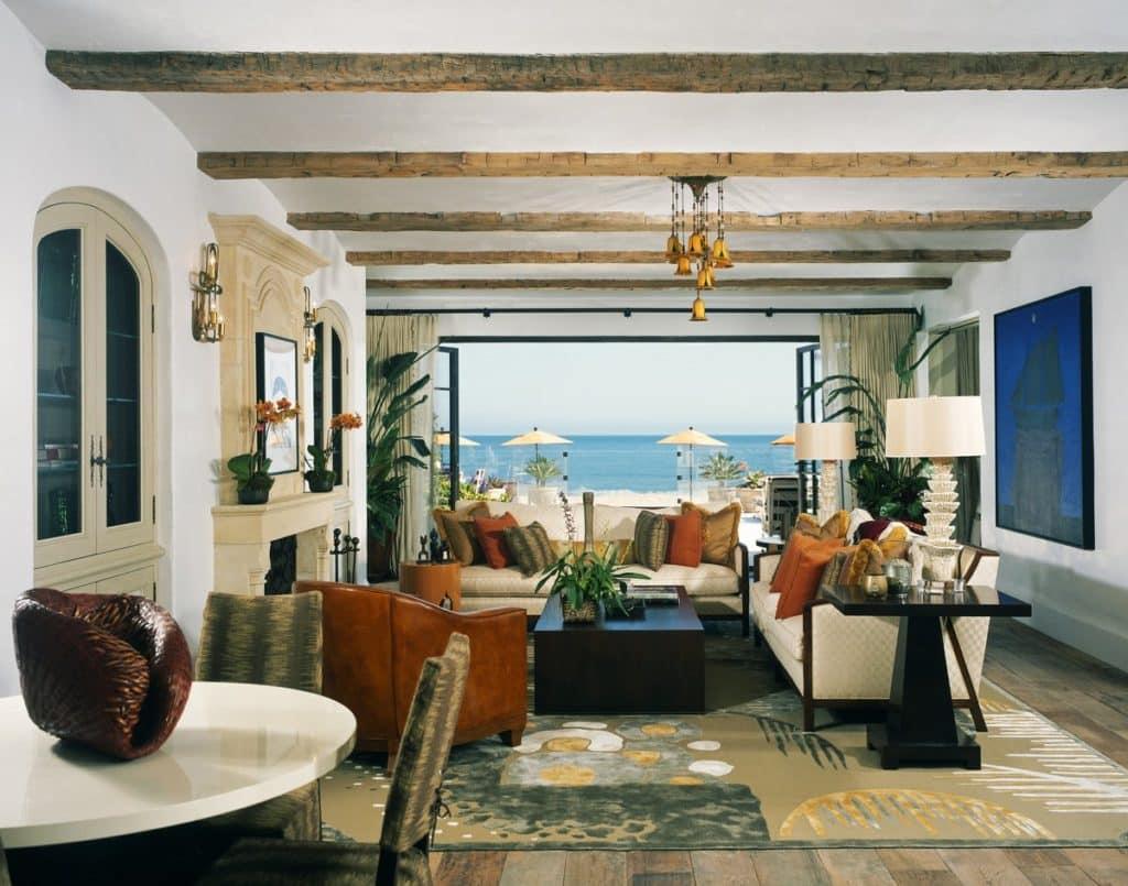 California Interiors: 18 Examples of Coastal Chic Decor