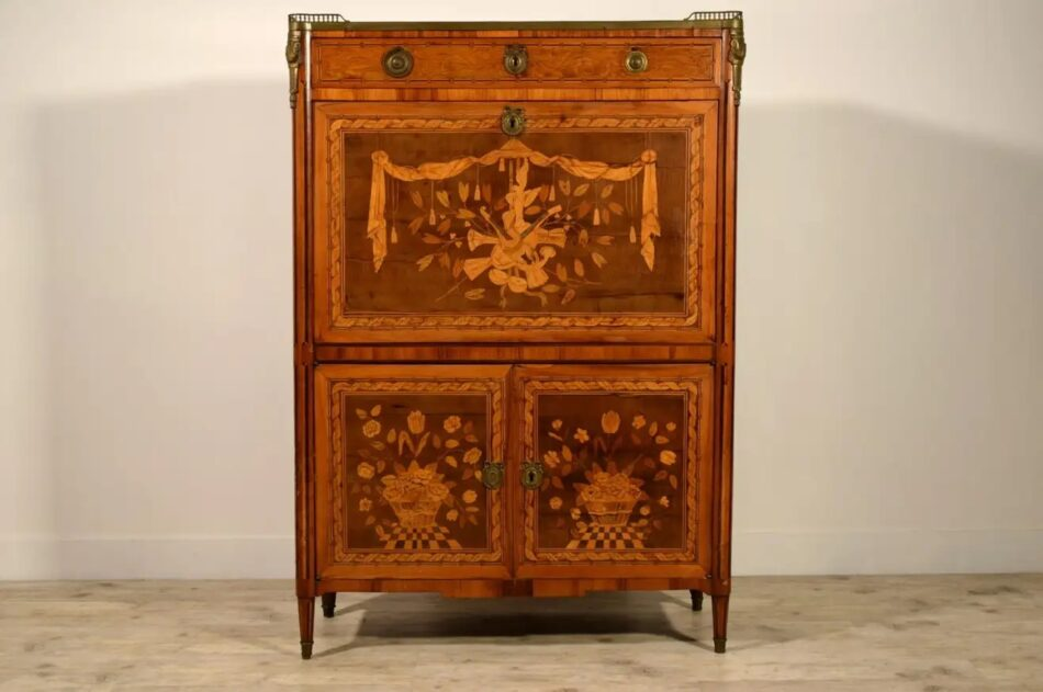 Louis XVI inlaid-wood secretary with marble top, late 18th century