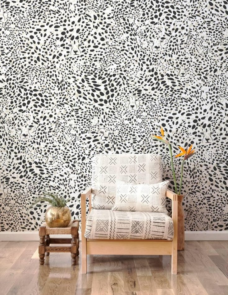 Aimee Wilder Cheetah Vision wallpaper in black and pearl.
