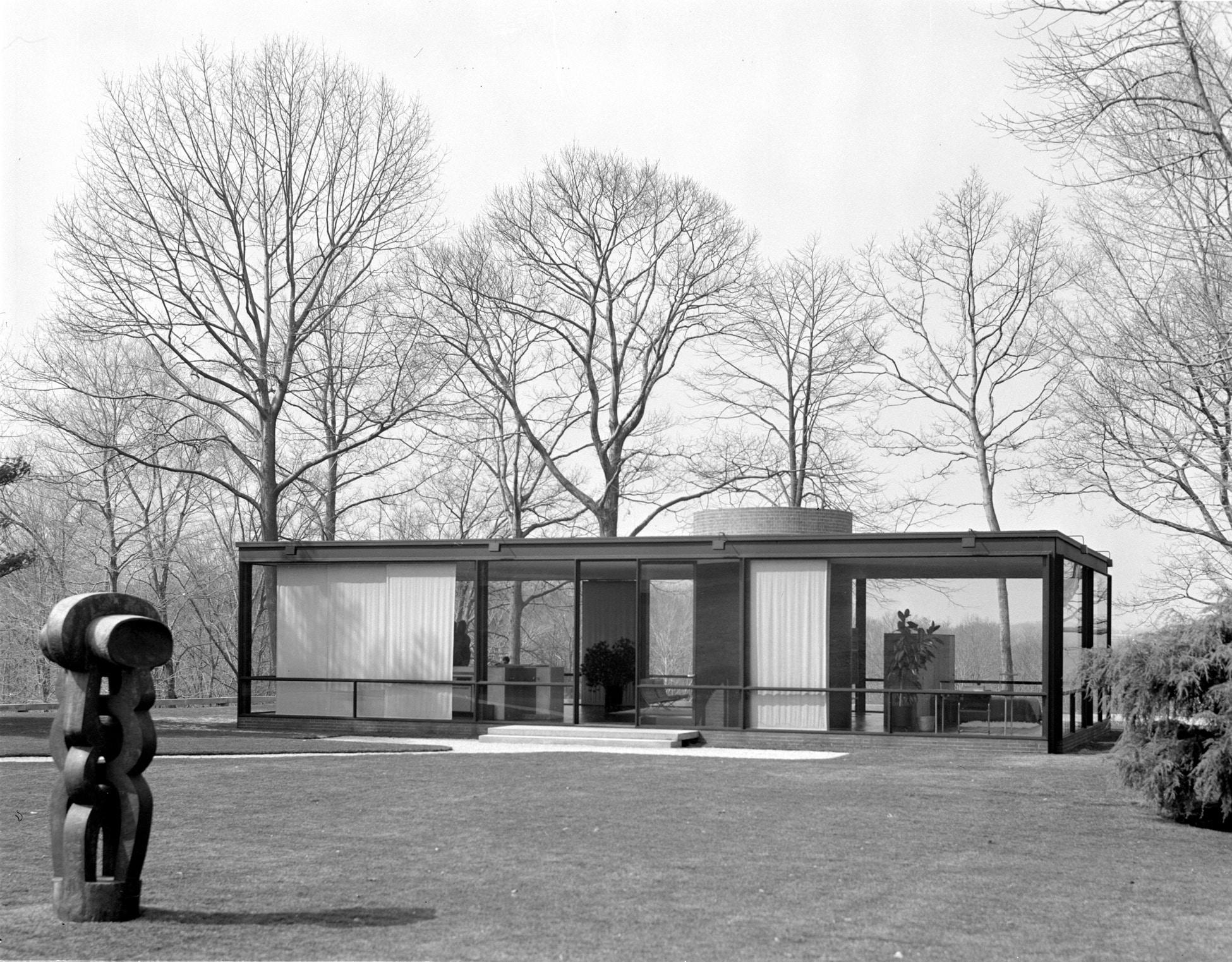 The Glass House, New Canaan, Connecticut, (Phillip Johnson, Architect), 1984. © Pedro E. Guerrero, courtesy Edward Cella Art+Architecture