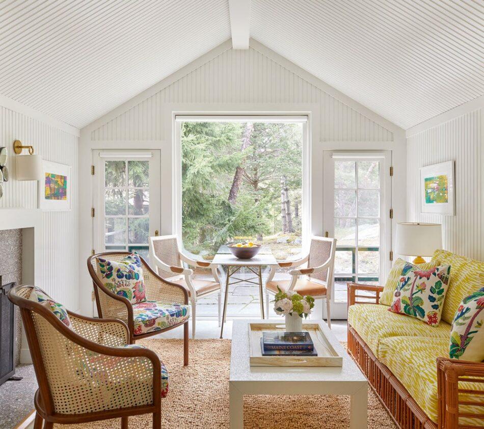 Guest Cottage in Maine by Davis Designs