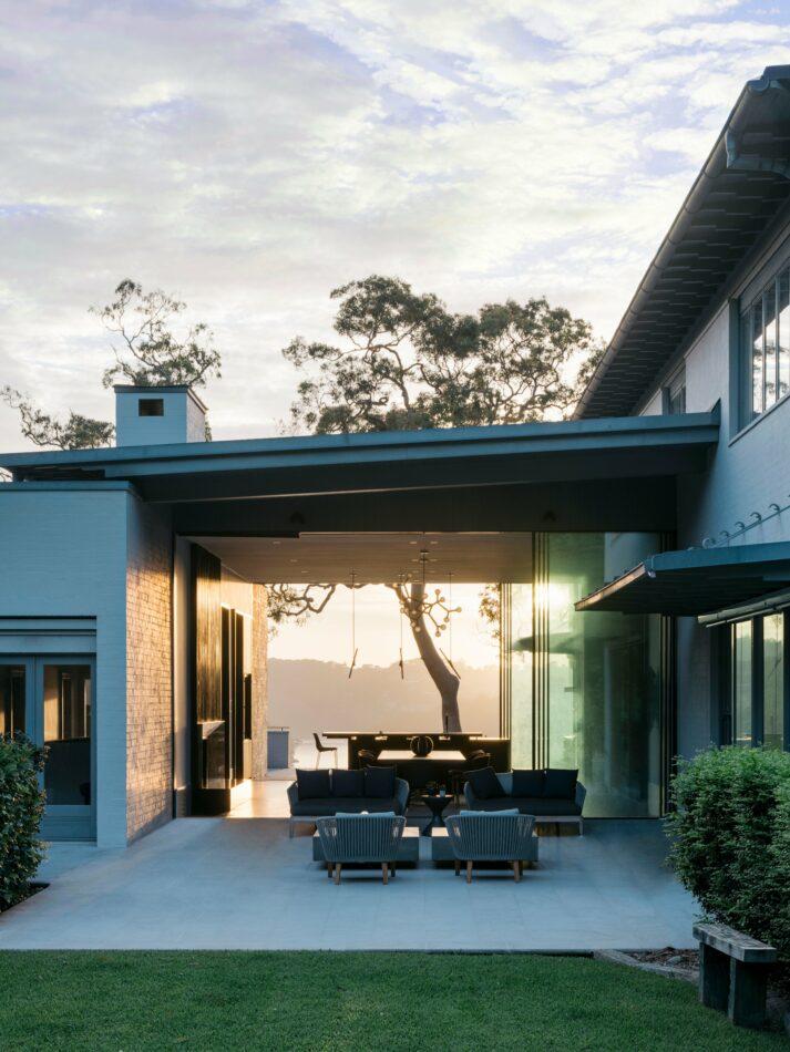 Paddington, Australia home by Dylan Farrell