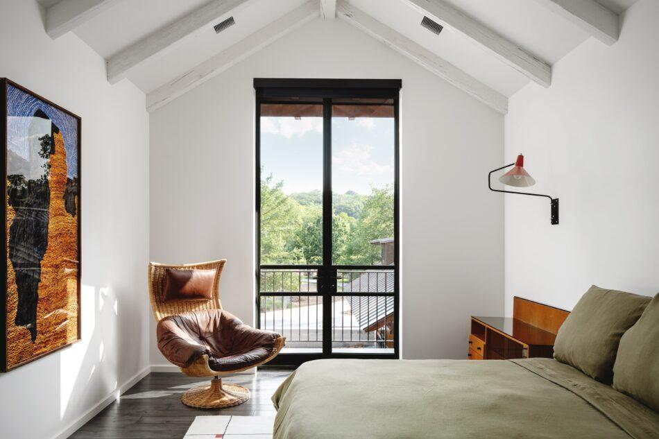 Melanie Raines bedroom in Austin, TX