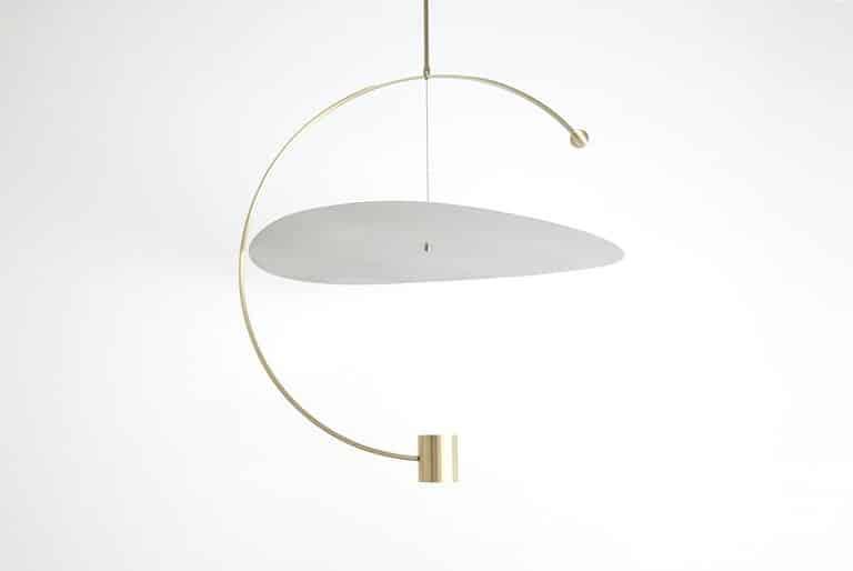 Ladies & Gentlemen Studio Float Round pendant light