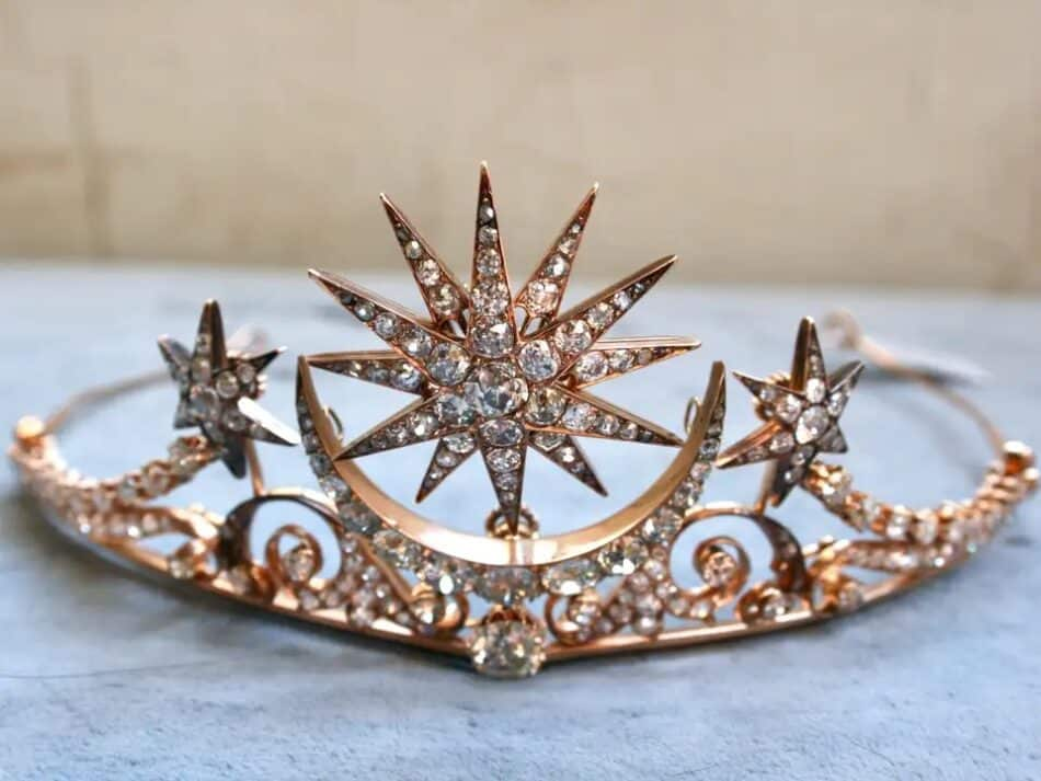 Diamond and rose gold tiara, ca. 1880, offered by Gold Adore