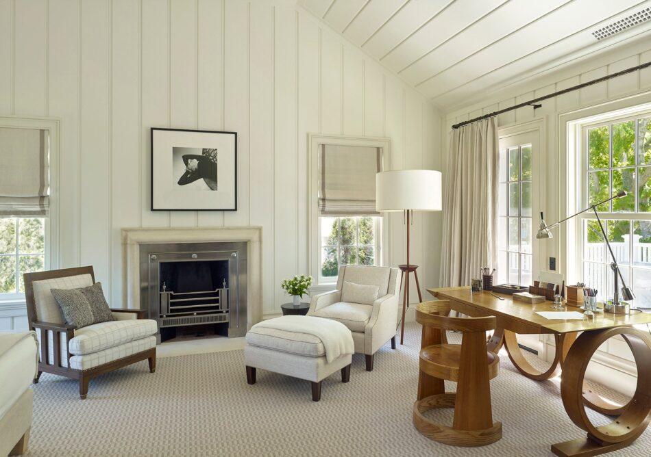 Sag Harbor living room by David Kleinberg