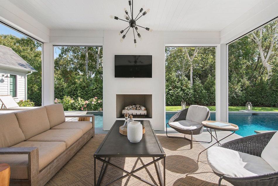 Hamptons living room by Nicole Fuller