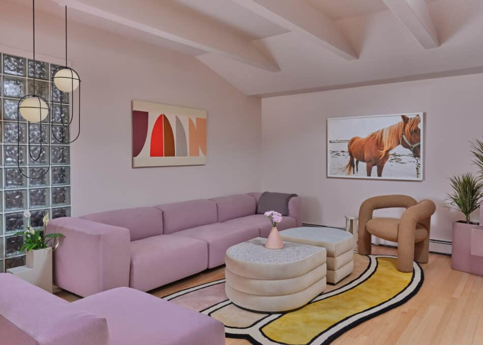 The living room has a Jasper Morrison for Vitra Modular sofa around a Dose coffee table.