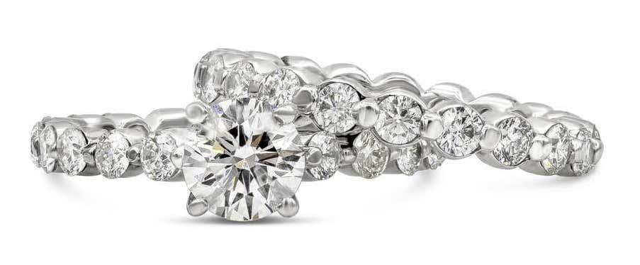 Round Diamond Engagement Ring and Wedding Band Set