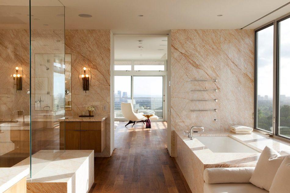 Marmol Radziner bathroom in Beverly Hills