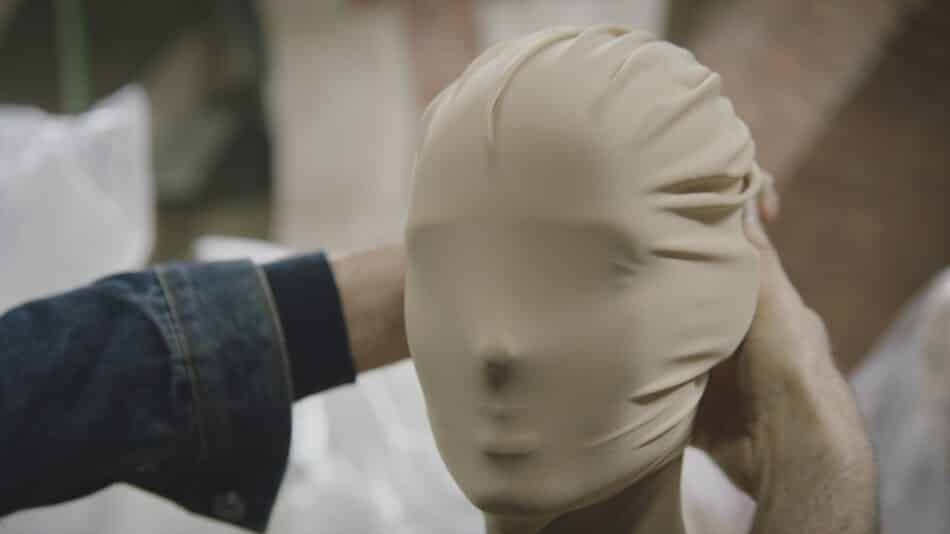 Margiela often veiled and obscured the faces of his models
