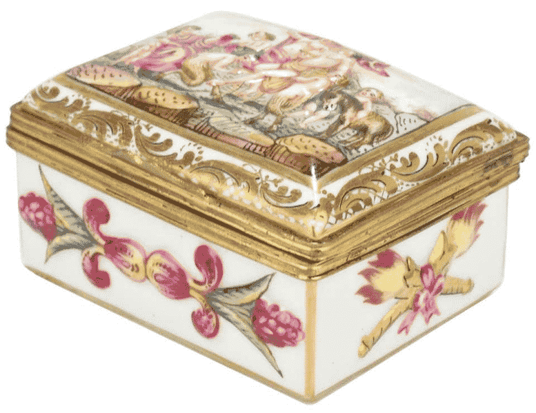 Capodimonte porcelain table snuff box, early 20th century