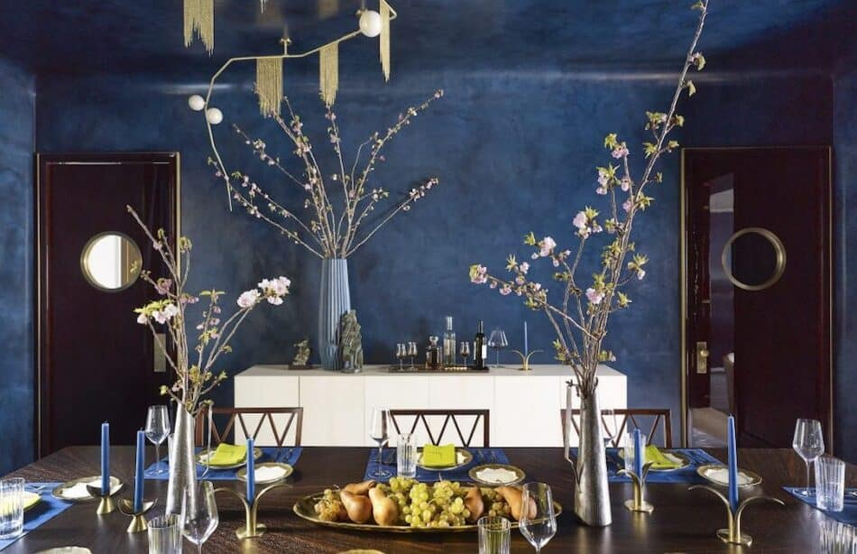 Dining room in New York by Stonefox Design