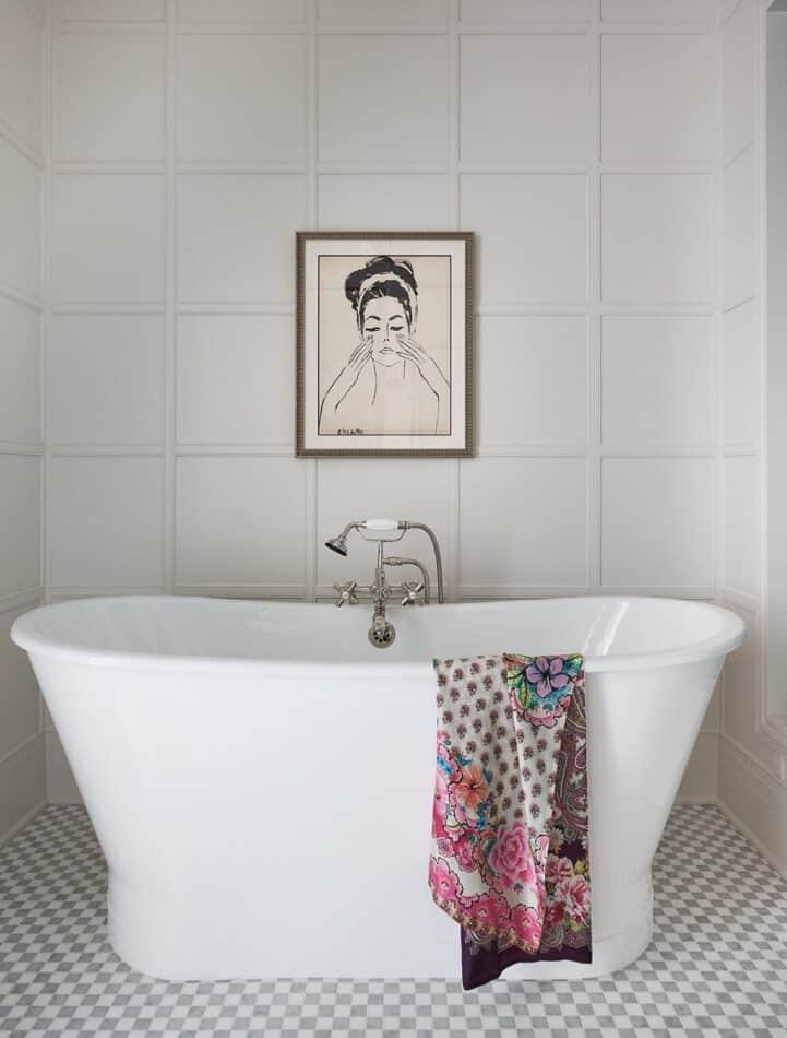 Bathroom in Chicago by Summer Thornton