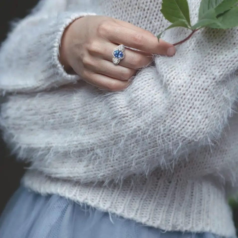 Natalie Barney Ceylon sapphire and diamond ring, 2018