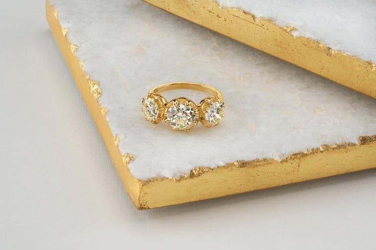 Single Stone engagement ring