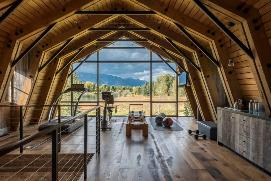 Barn Workout Loft by WRJ