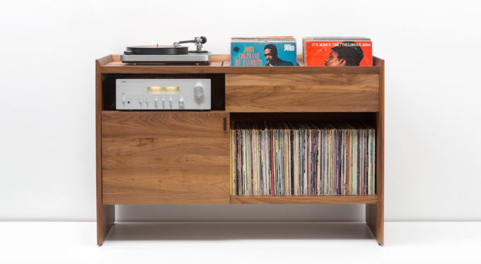 SYMBOL Audio's Unison Record Stand