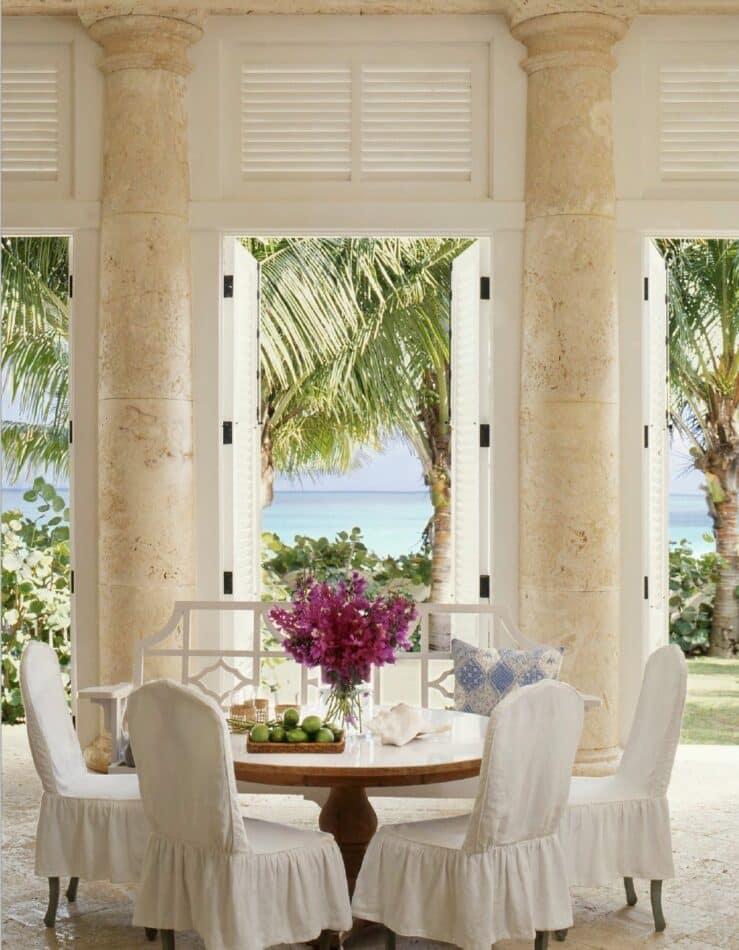 Bahamas home by Amanda Lindroth
