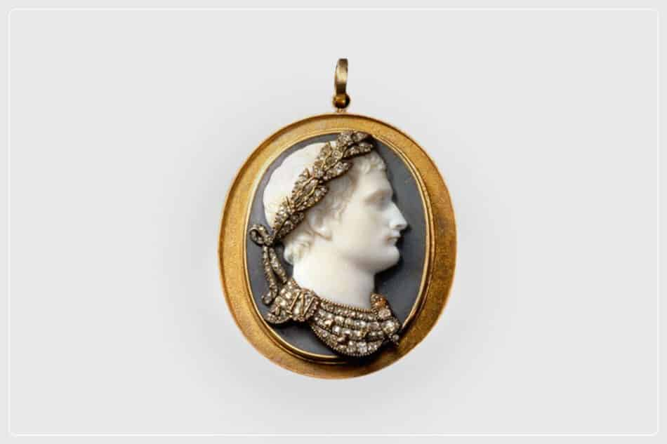 Cameo of Napolean wearing a diamond-studded laurel crown and armor