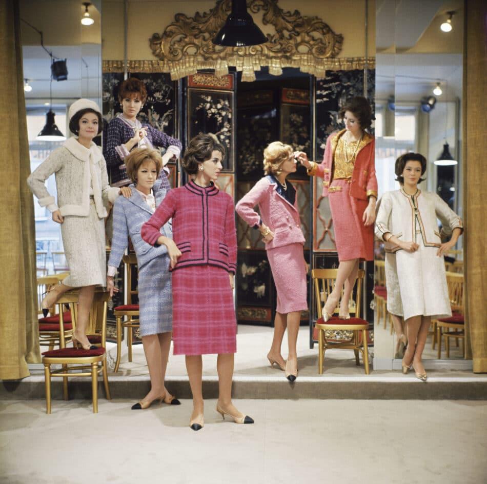 Mark Shaw Vera Valdez and Models at Chanel Salon, 1961 2018