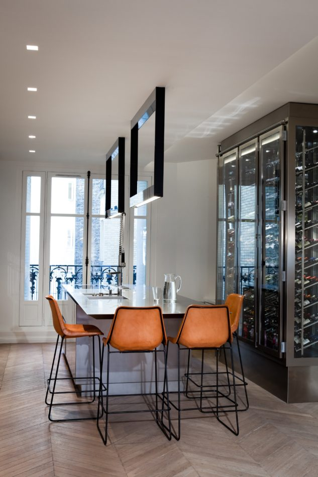 Paris home by Isabelle Stanislas Architecture