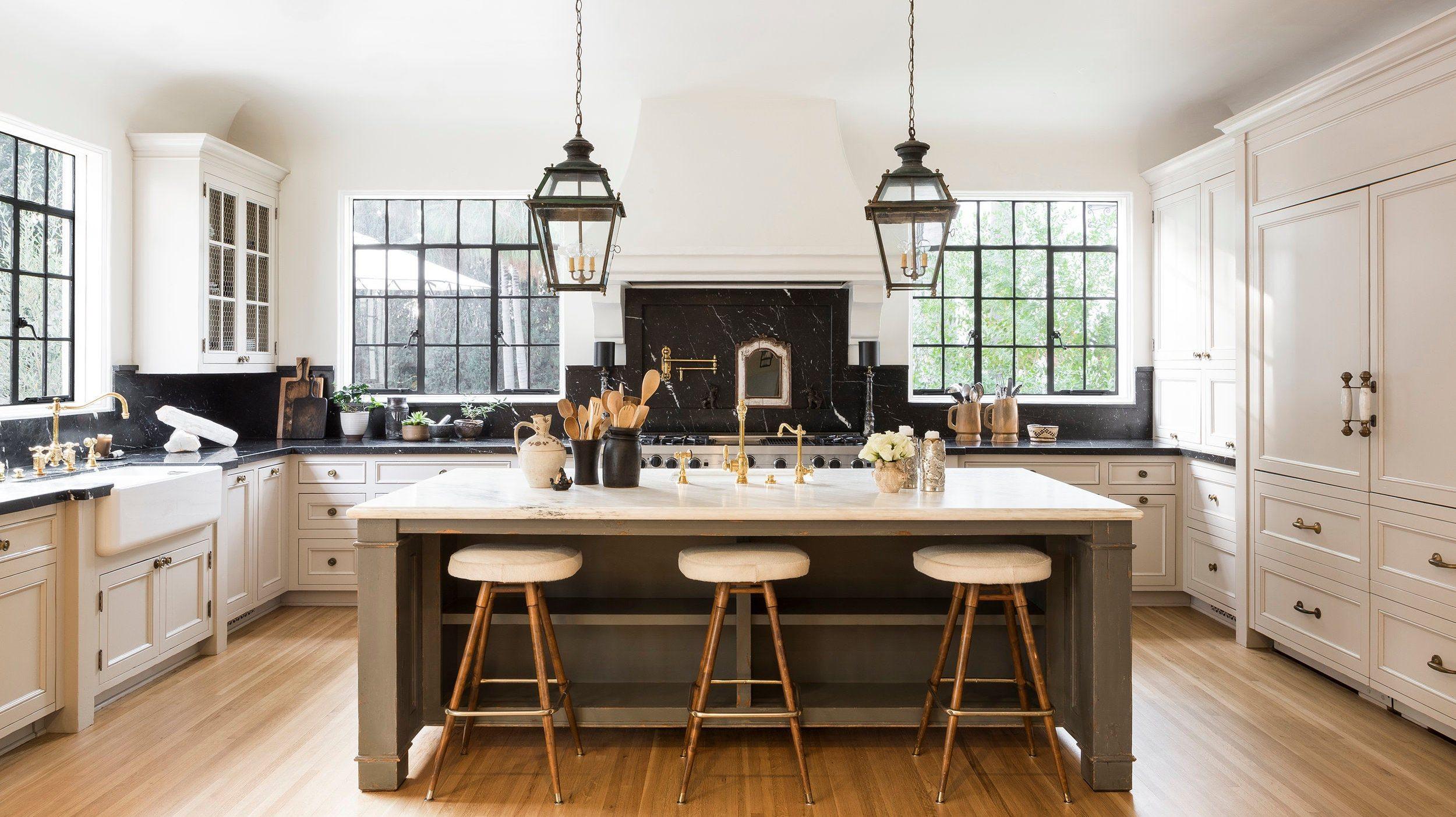 Interior Designers Spectacular Homes