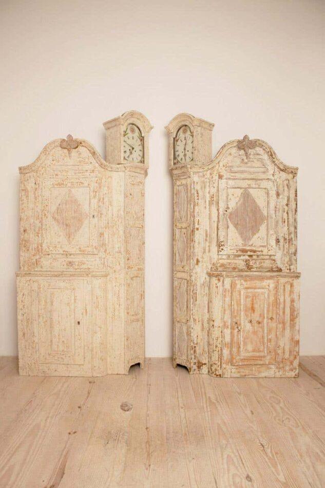 Pair of Gustavian Corner Clock Cabinets, ca. 1780
