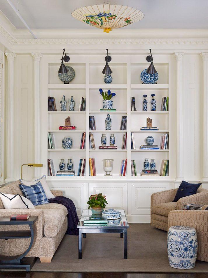 Living space by De La Torre Design Studio in Soho, New York