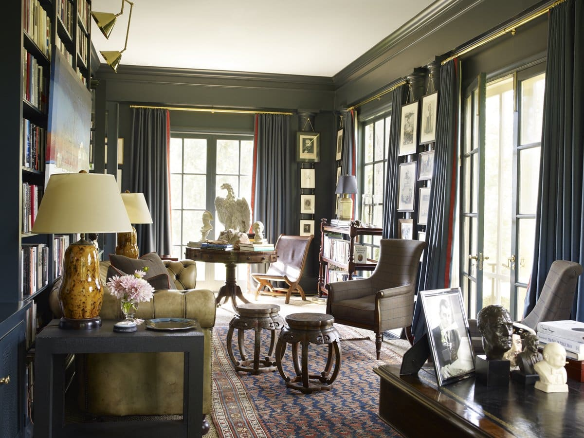 In this Nashville library, Brockschmidt and Coleman wanted the antiques to project an air of the Southern stately manner.