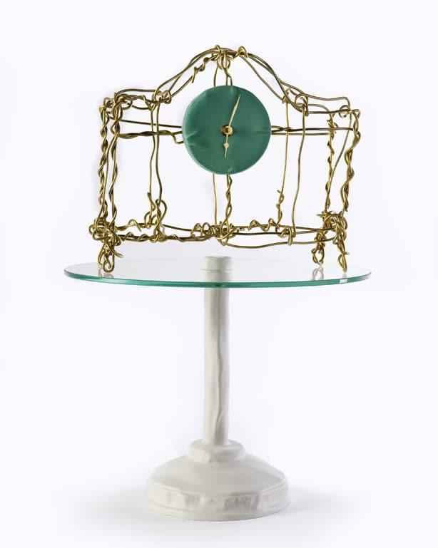 Kiki van Eijk Floating clock
